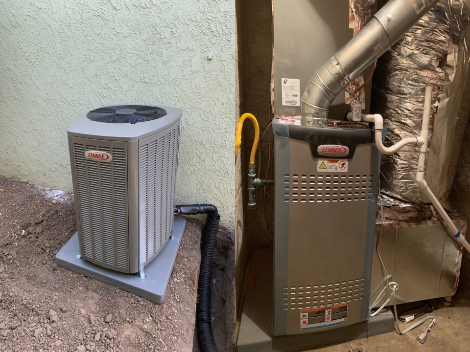 Long Beach, CA - Finished Long Beach install. Full Replacement of old unit with Brand New High Efficiency Elite Lennox units.