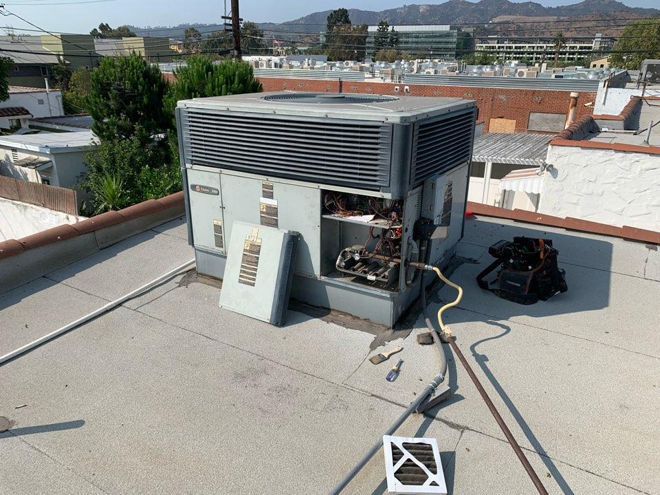 Glendale, CA - Routine Residential Maintenance