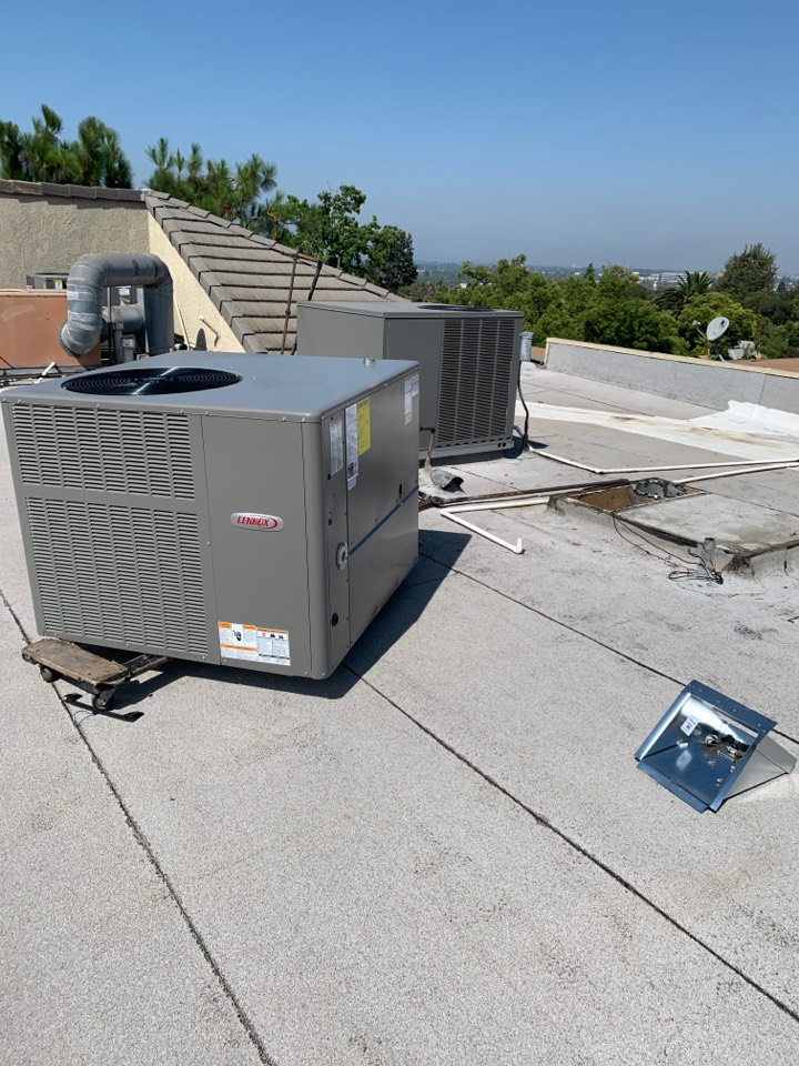 Burbank, CA - New 2 ton package unit being installed here in Burbank