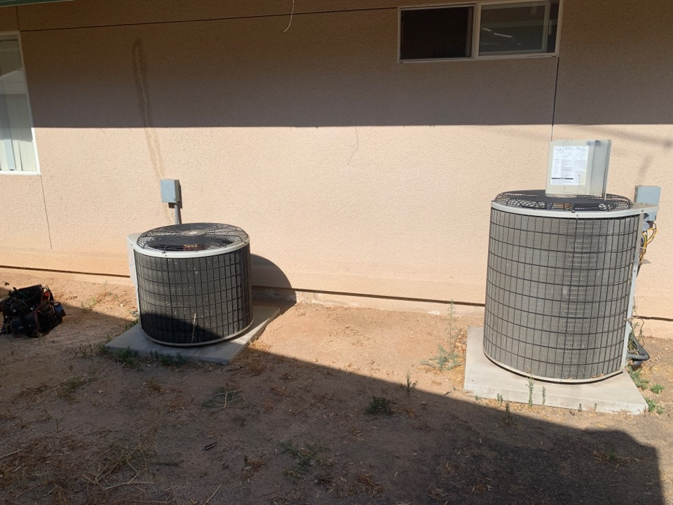 Pasadena, CA - Diagnostic on two Split AC units