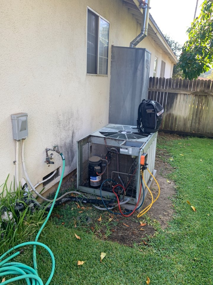 Altadena, CA - Changing out a full system and ducting here in Altadena