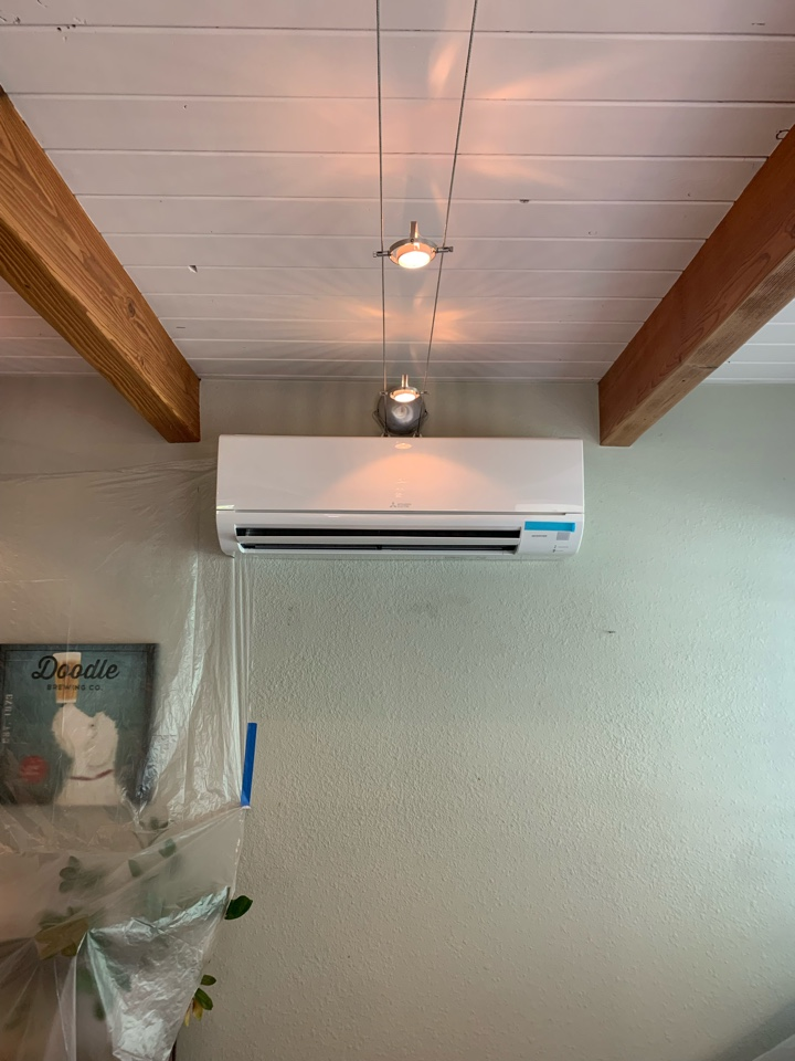 Thousand Oaks, CA - Installation of a Mitsubishi 2 zone ductless system being installed here in Thousand Oaks