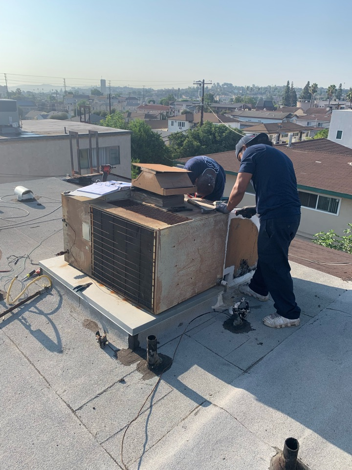 Monterey Park, CA - New 3 ton package unit being installed here in Alhambra