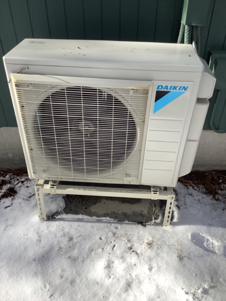 La Pine, OR - Daikin mini split no heat