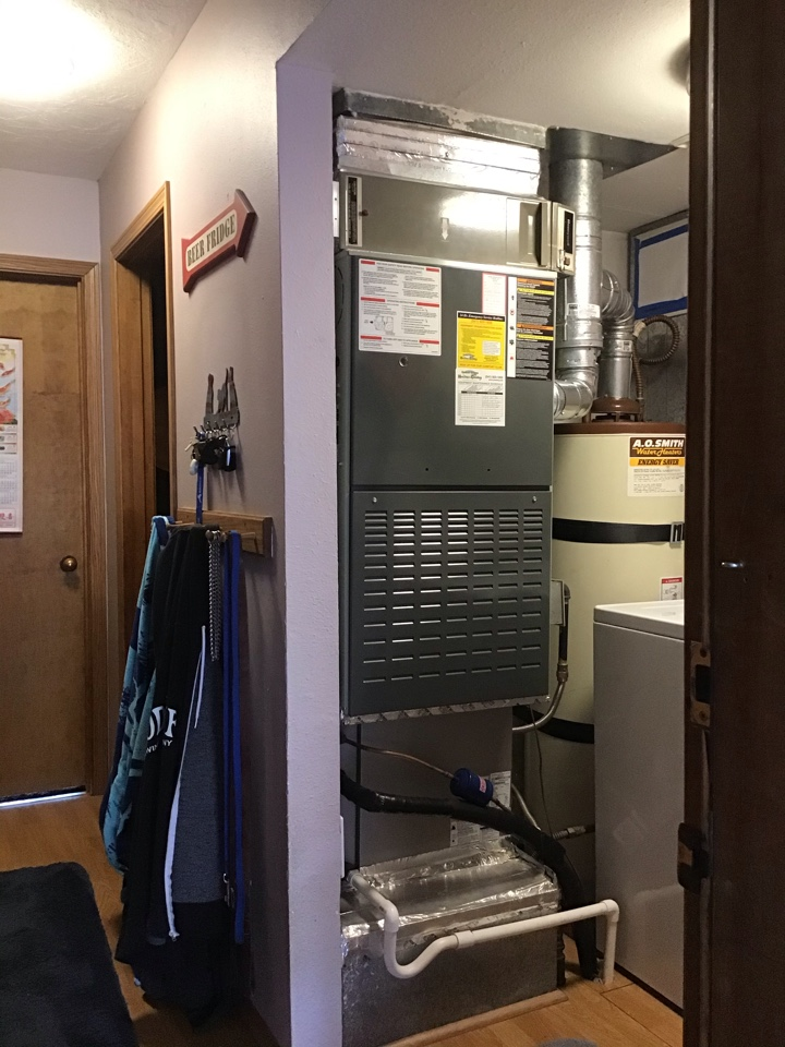 Bend, OR - Green Shield Maintenance and Safety Inspection on Carrier AC and Trane Gas Furnace System.