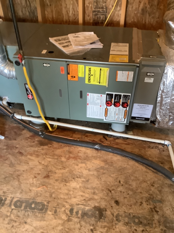 Bend, OR - Maintenance on gas furnace and ac