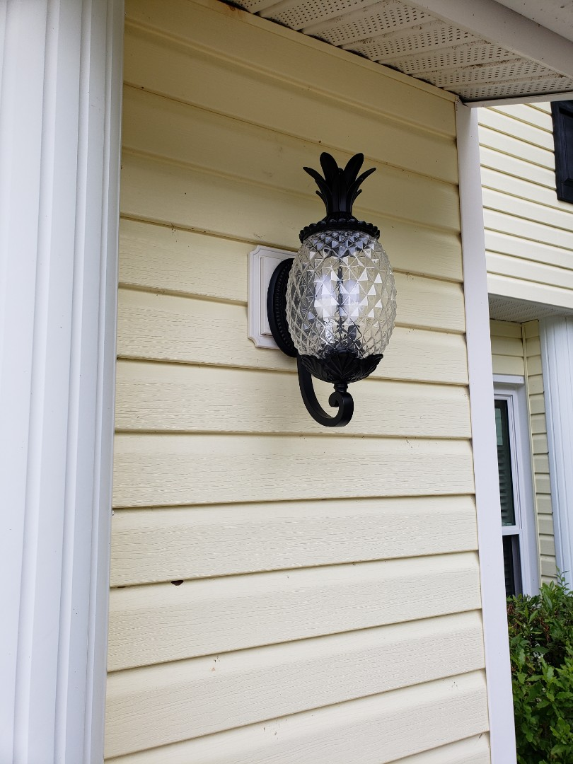 Tampa, FL - Installations of outdoor lighting