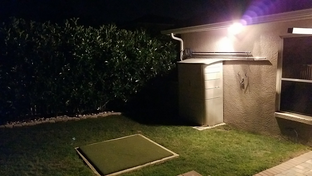 Lutz, FL - Wire light for golfing pad