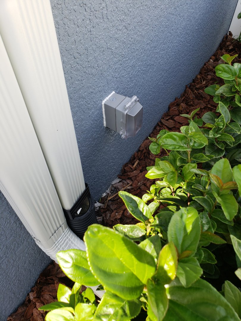 Tampa, FL - Wire for outside  outlet