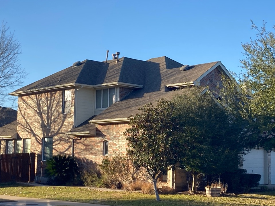 Round Rock, TX - Mpact Roofing providing estimates and inspections for recent storm damages.   Mpact Roofing can provide you with an evaluation of the condition of your roof system.   We are a GAF Certified contractor and can offer the best warranty system in the industry.