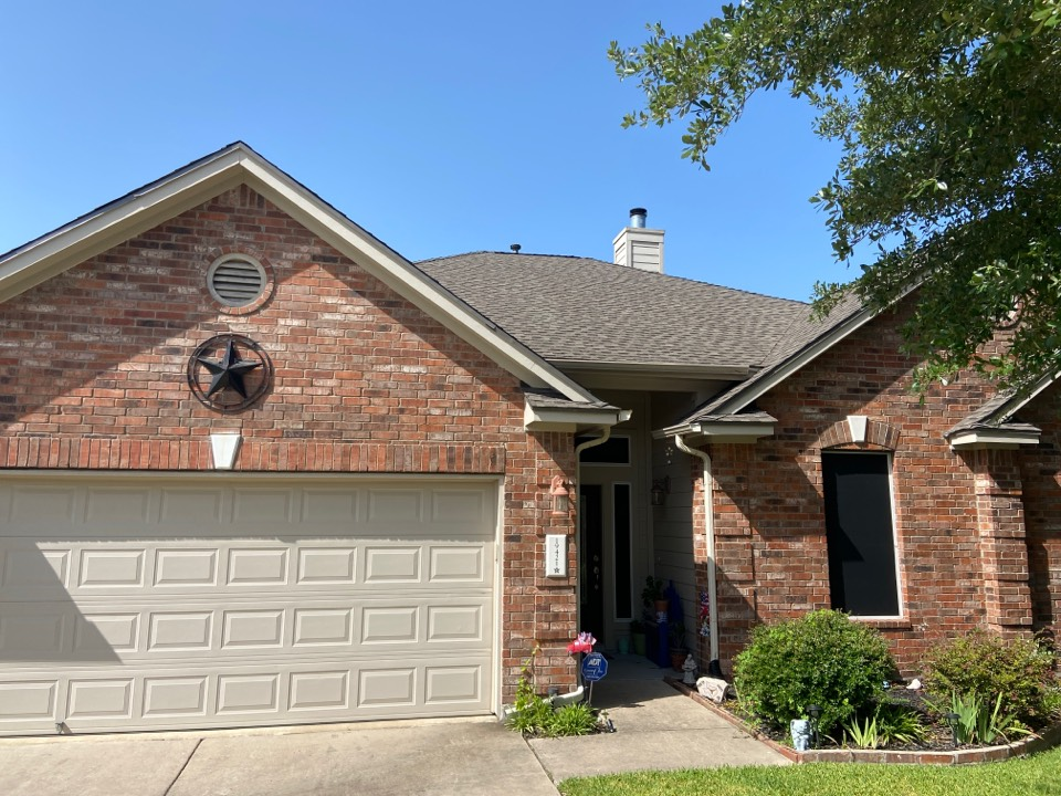 Pflugerville, TX - Mpact Roofing completes full install of GAF Lifetime Timberline HDZ Weathered Wood roof system.