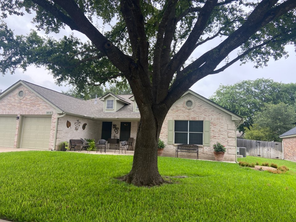 Pflugerville, TX - Mpact Roofing inspecting for hail damage to roofs.