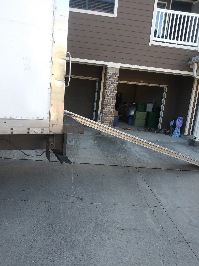 Pearland, TX - Moving traci