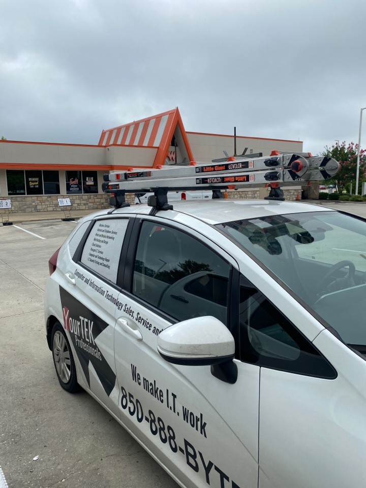 Making sure this Whataburger in Brewton, AL have everything they need to best serve their customers