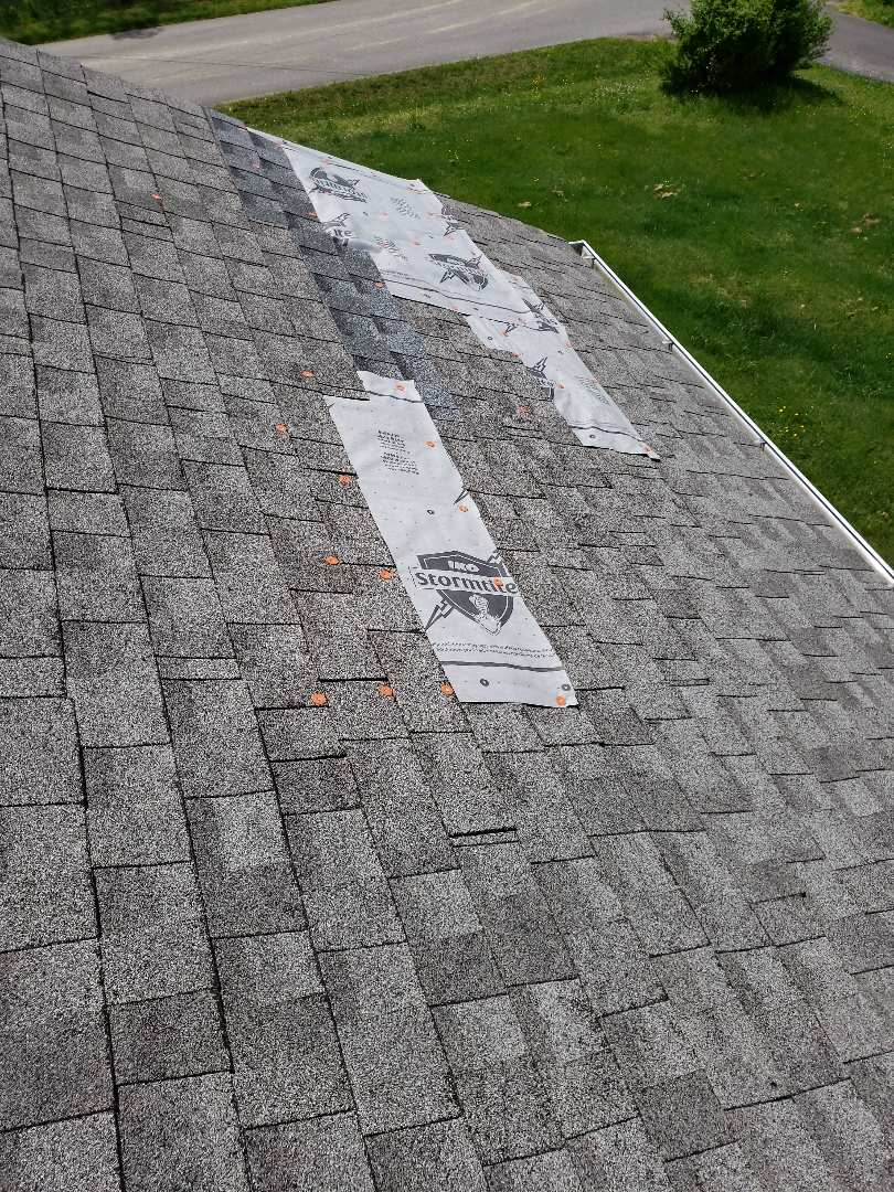 Clinton, TN - Mobley Brothers Roofing and Renovation repaired a leaking roof with IKO Dual Grey shingles and IKO Stormtite vapor barrier.