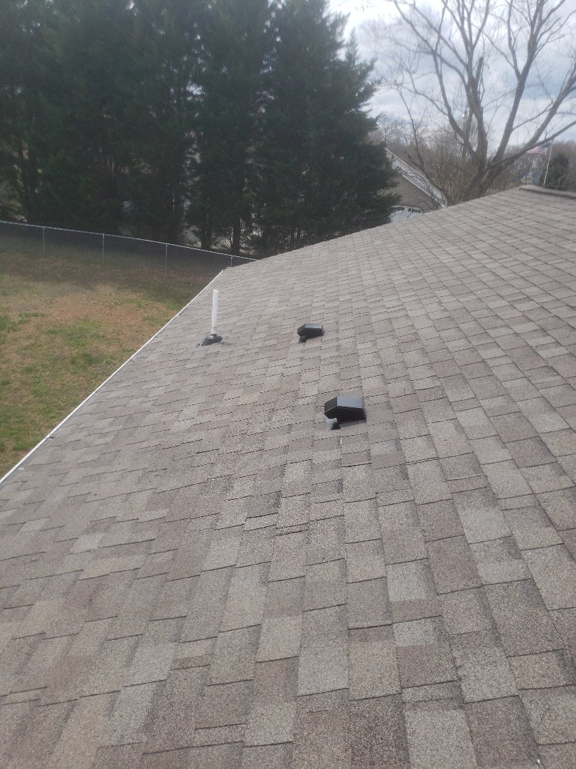 Maryville, TN - A free estimate to repair a roof that was leaking was provided by Mobley Brothers Roofing and Renovation.