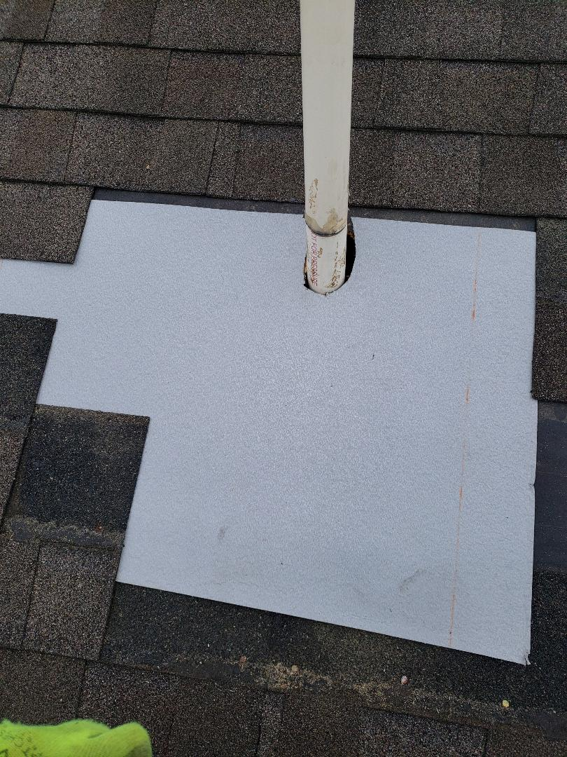 Clinton, TN - Call Mobley Brothers Roofing and Renovation for a free estimate for a roof repair.