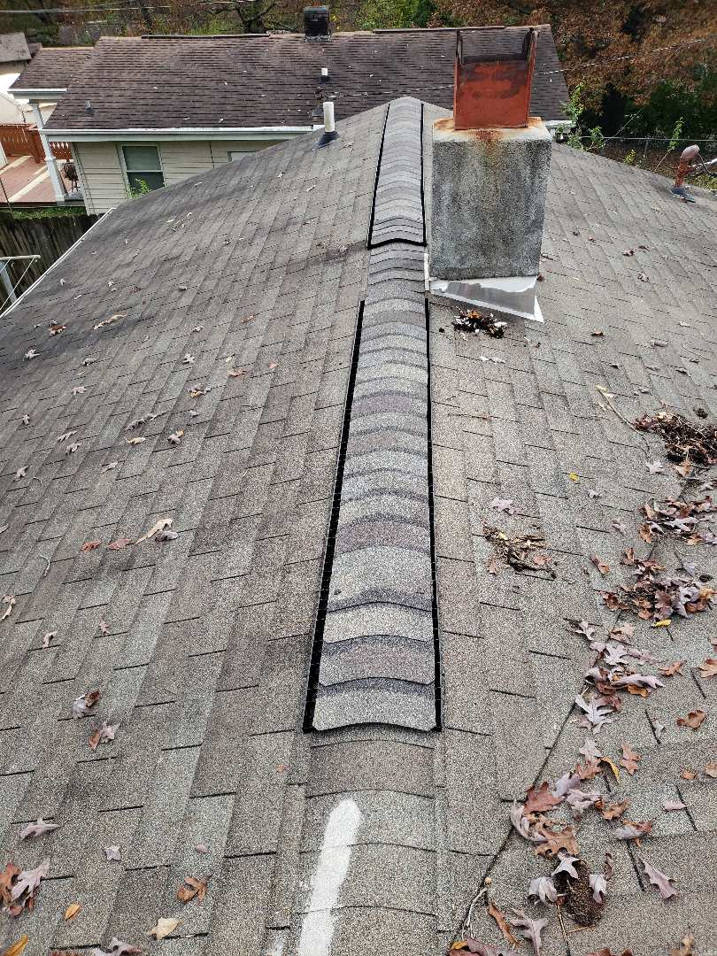 Oak Ridge, TN - Mobley Brothers Roofing  was very happy to help this homeowner with their residential roof repair. We replaced some damaged ridge cap shingles.