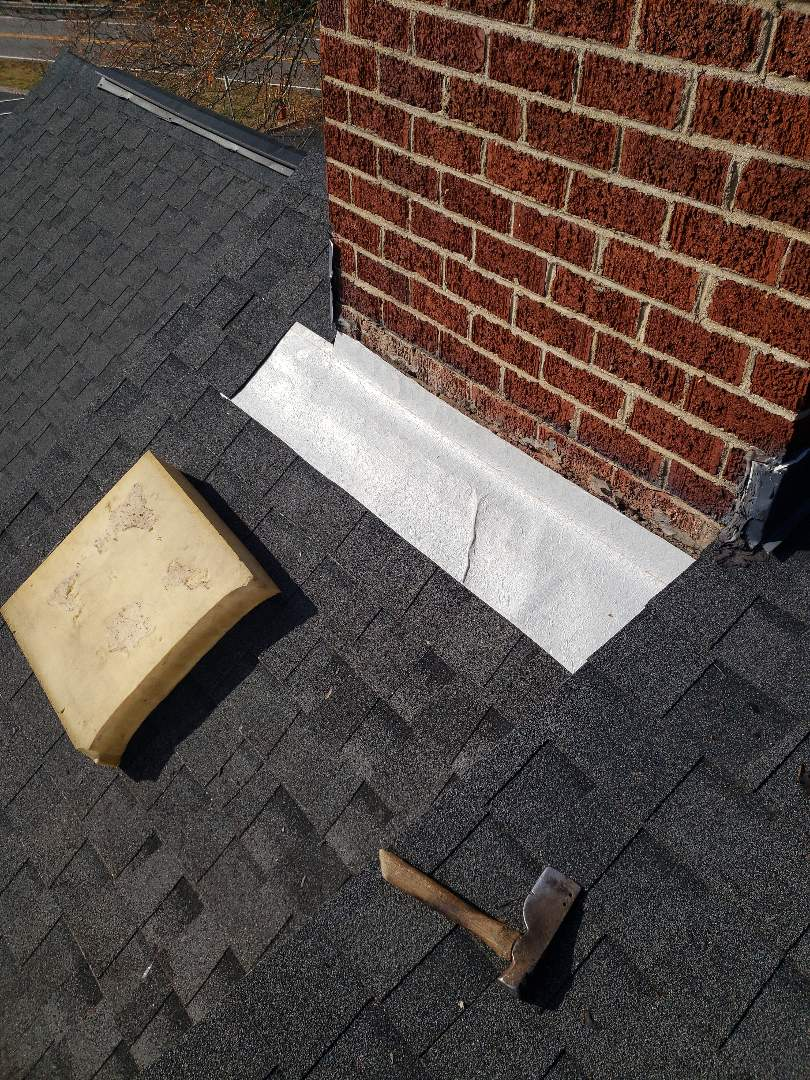 Kingston, TN - We provided a free estimate for a roof repair today.