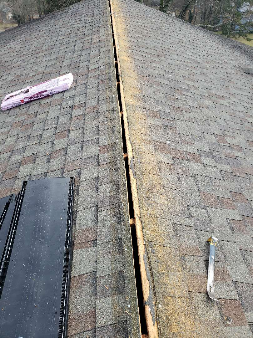 Knoxville, TN - We provided a free estimate for a roof repair today.