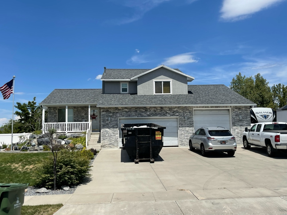 Syracuse, UT - Storm damaged roof replaced all in 1 day
