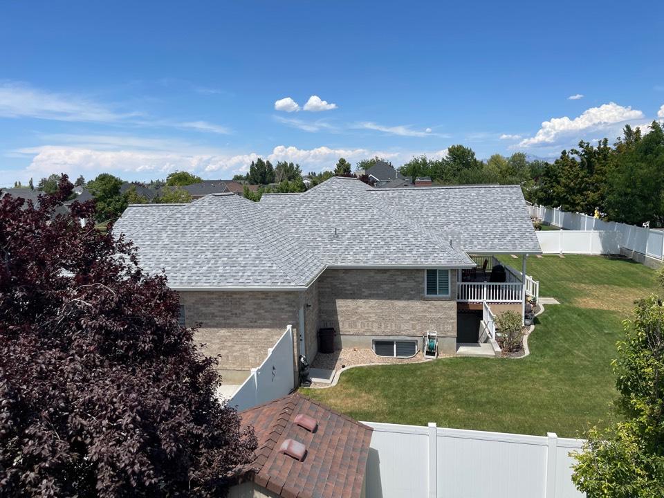 Syracuse, UT - Sierra Grey roof looking great!