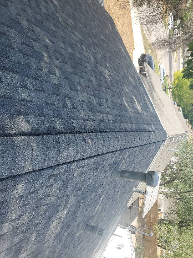Tooele, UT - Beautiful roof done color state gray