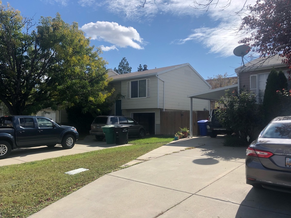 West Jordan, UT - Doing a roofing bid for a two layer tear off roof replacement. Taking old shingles off adding new shingles to the roof