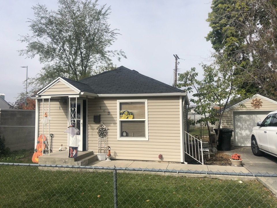 South Salt Lake, UT - Doing a roofing bid for a full tear off roof replacement. Taking old shingles off the roof adding new shingles to the roof