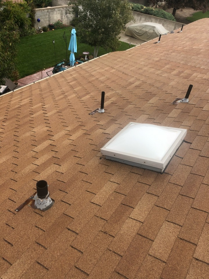 Sandy, UT - Doing a roofing bid for a full tear off roof replacement. Taking old shingles off adding new shingles to the roof