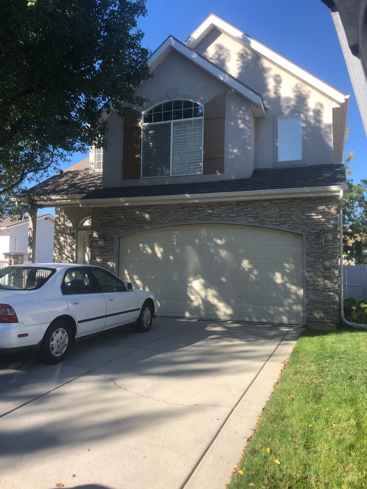 Sandy, UT - Doing a roofing bid for a full tear off roof replacement. Taking old shingles off adding new shingles to the roof.