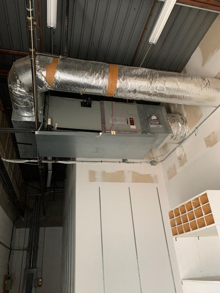 Lafayette, LA - Trane ac unit thermostat blank bad batteries Lafayette Louisiana