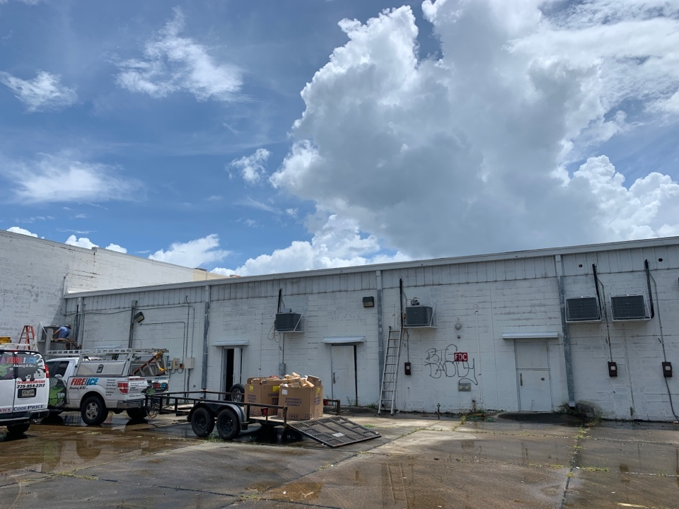 Lafayette, LA - Putting new condensers 9' high so they can't be stolen in Lafayette Louisiana