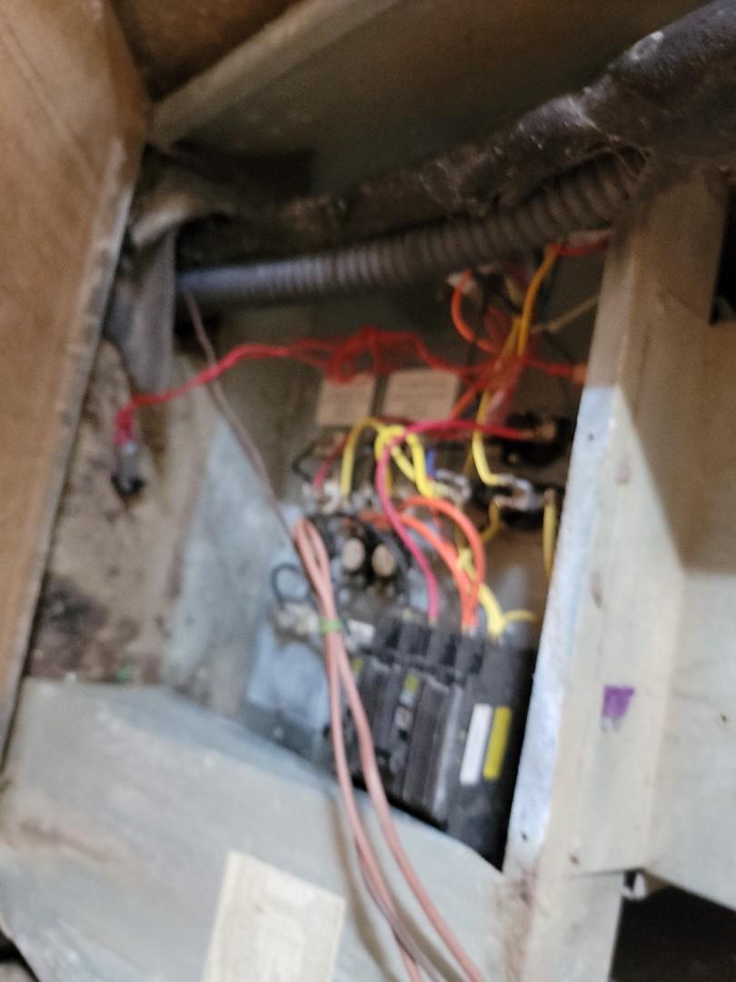 Prairieville, LA - Repaired shorted low voltage wire in Prairieville Louisiana