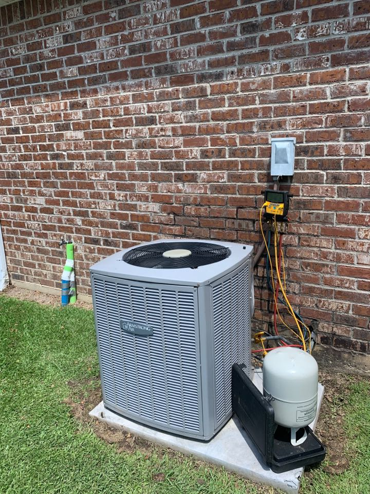 Denham Springs, LA - Adding Freon to this Armstrong ac unit for a client in Denhim springs Louisiana
