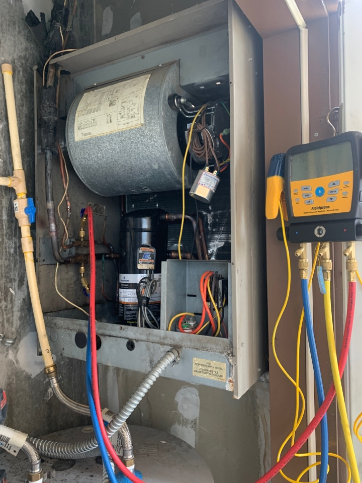 Replaced faulty hvac compressor for our client in Baton Rouge Louisiana