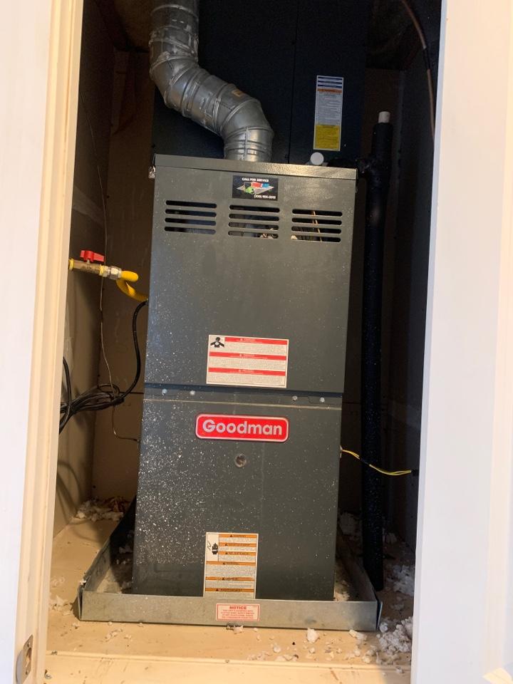 Baton Rouge, LA - Closet unit coil change out