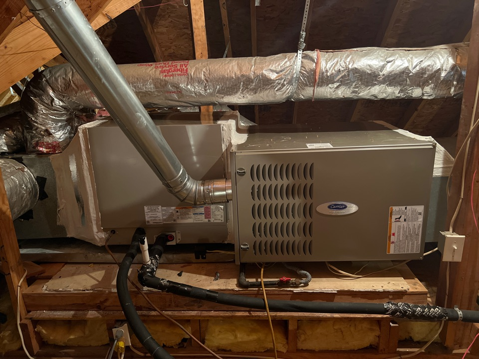 Baton Rouge, LA - New Carrier hvac furnace and evaporator coil