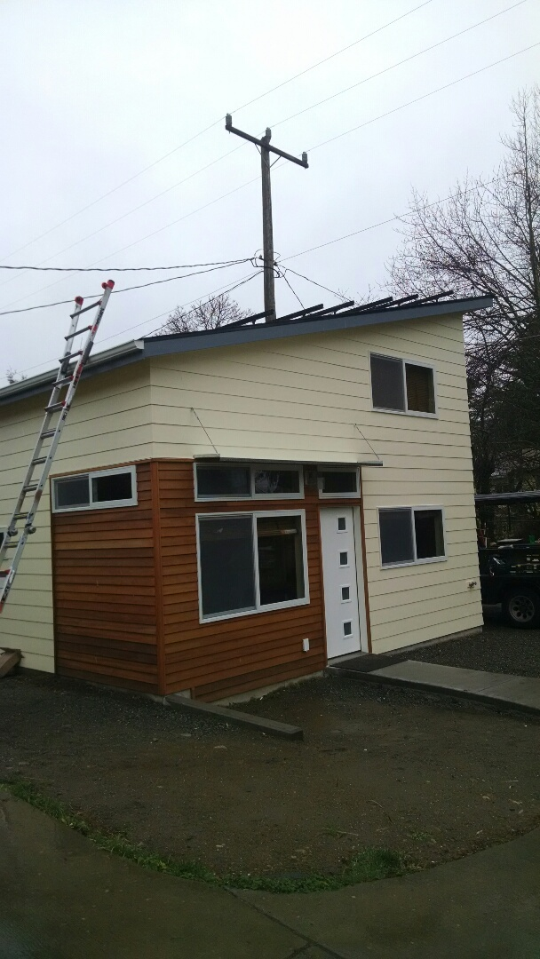 Seattle, WA - Adding a 15 panel system to an existing clients Adu building. In the snow and the rain. But we just keep going.