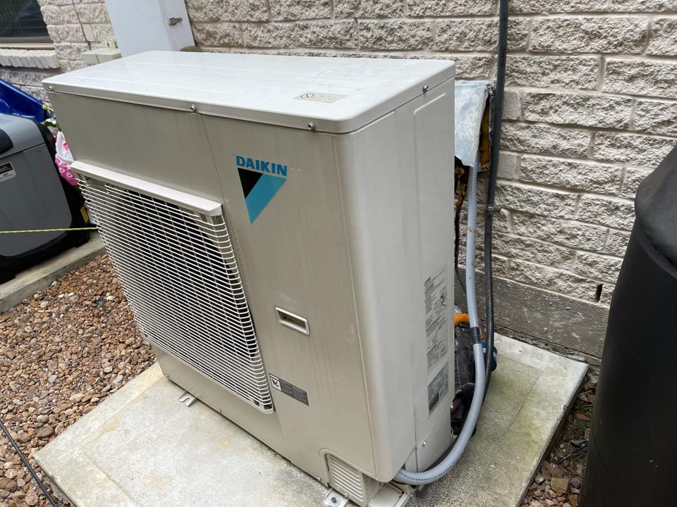 Highlands, TX - Ac repair. Performed an ac repair on a Daikin ac unit.