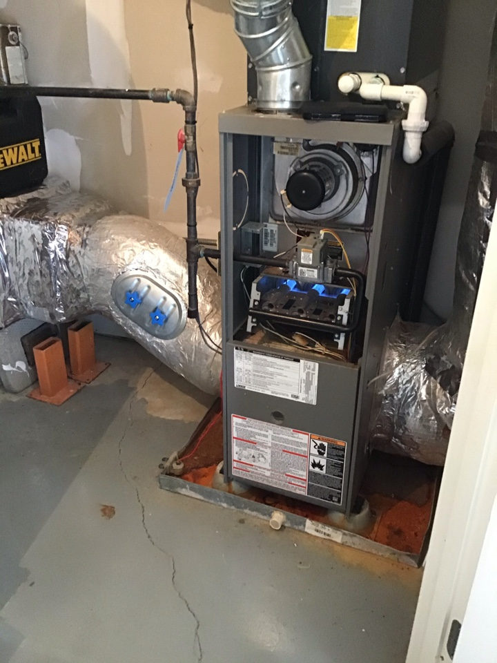 Brentwood, TN - 01/22/21 alw Arrived on site furnace was not running. Jumped R to W. Furnace came on. Did not close the pressure switch found that the tube on the inducer was clogged. Clean out the tube and check system operation. System is operating correctly at this time.