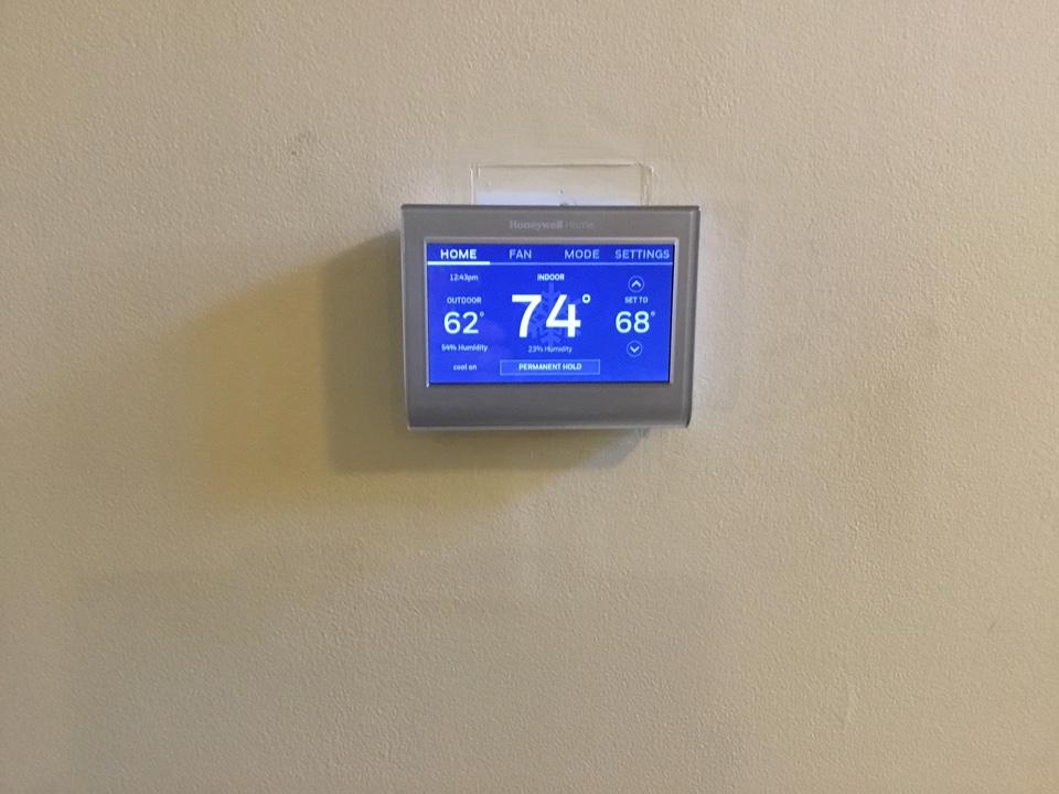 Nashville, TN - Unit is over heating