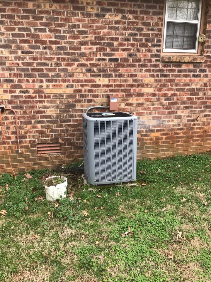 Smyrna, TN - Cooling maintenance on 1 system. Replaced warranty part at no charge