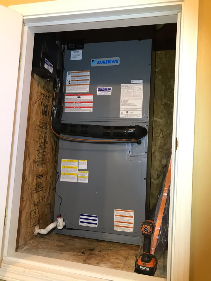 Murfreesboro, TN - Completed cooling maintenance on 1 system
