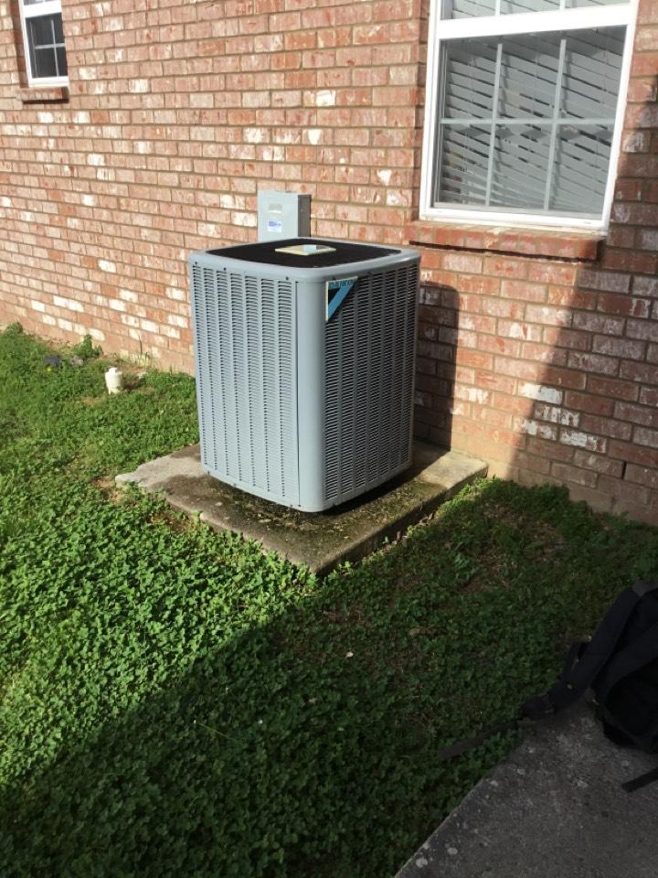 Readyville, TN - Residential maintenance on unit
