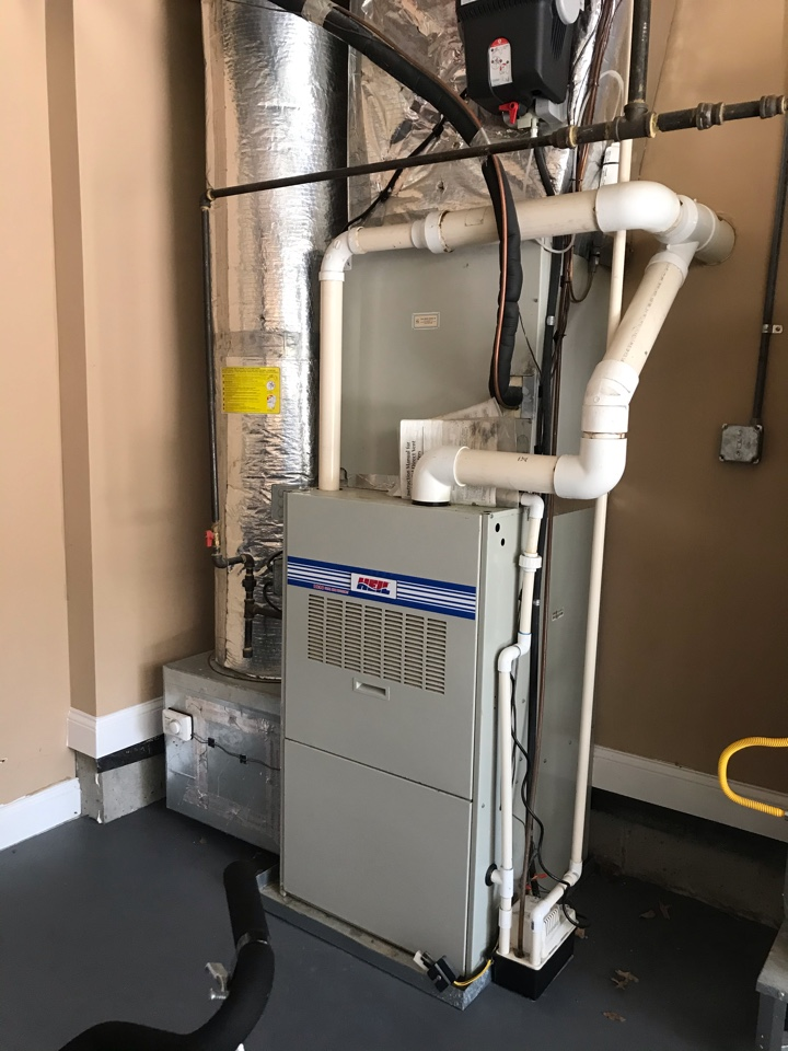 Franklin, TN - Completed RMA on 2 systems and humidifier. Changed out bad condensate pump/
