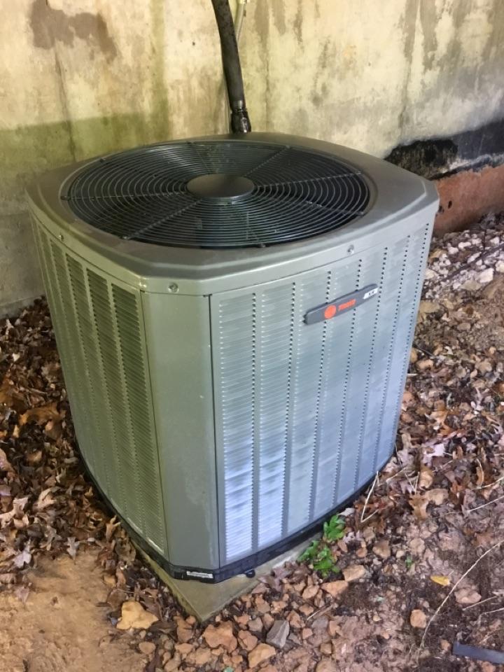 Franklin, TN - Residential maintenance on unit