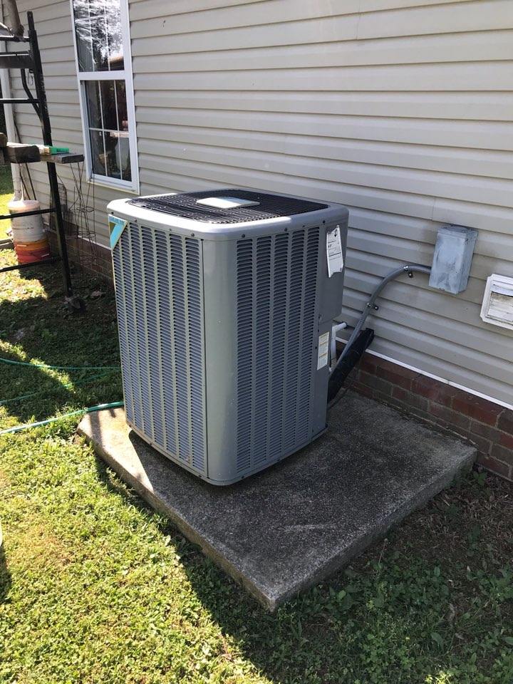 Murfreesboro, TN - Completed cooling maintenance. Customer enrolled in our 5 STAR annual maintenance plan (Comfort Club) and installed surge protectors to protect their new equipment.