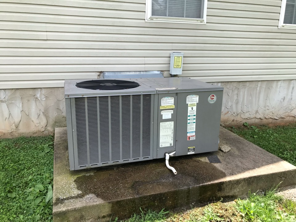 Murfreesboro, TN - Completed cooling maintenance on one system. Diagnosed leaking evap coil. Provided customer with options to give the customer the needed info to make an informed decision and provide flexibility