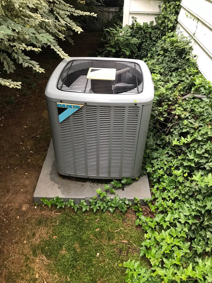 Nashville, TN - 3 system cooling maintenance is completed with replacement of faulty damper actuator. Customer renewed with us for another year!!